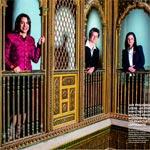 En photo sur Paris Match : Amel Karboul, Nejla Harrouch et Neïla Chaabane