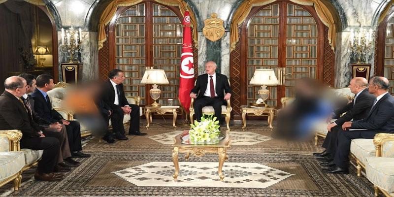 رئيس الجمهورية يستقبل 6 أطفال تونسيين عائدين من ليبيا