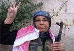 جزائرية عمرها 48 سنة تقاتل إلى جانب السوريين الأكراد ضد داعش