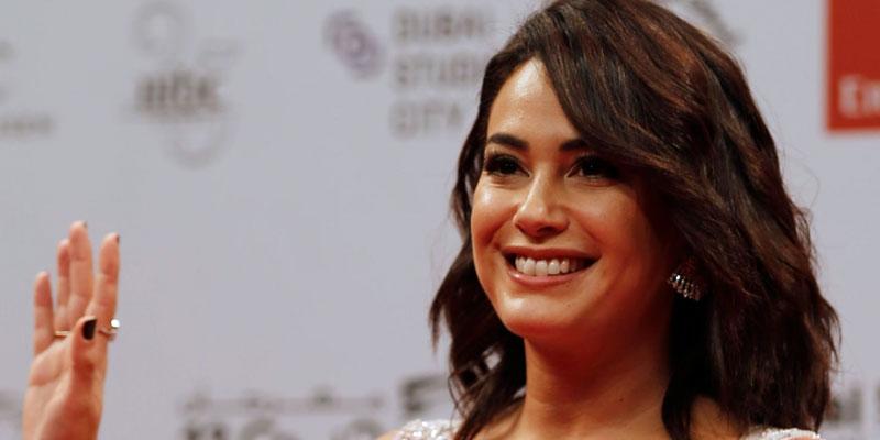 En photo : Hend Sabry habillée par Ziad Nakad au Festival International du Film de Dubaï