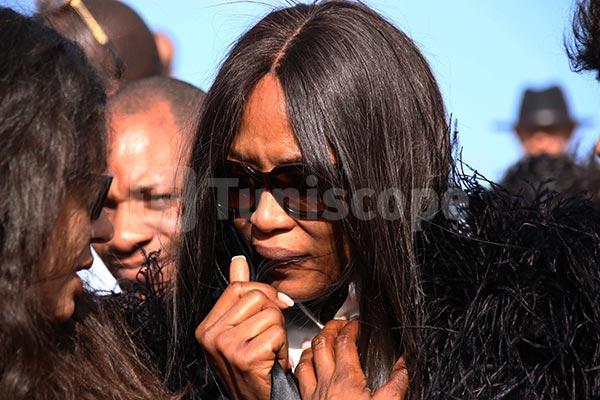 En photos : Naomi Campbell effondrée aux funérailles de Azzedine Alaïa