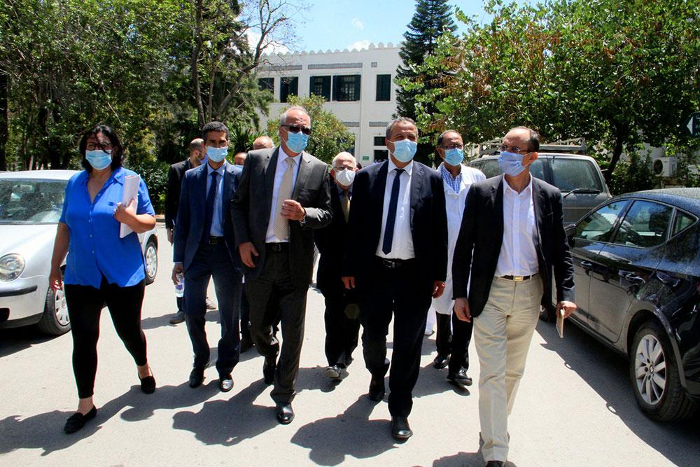 En photos : visite de Abdellatif Mekki à l'Institut Pasteur de Tunis