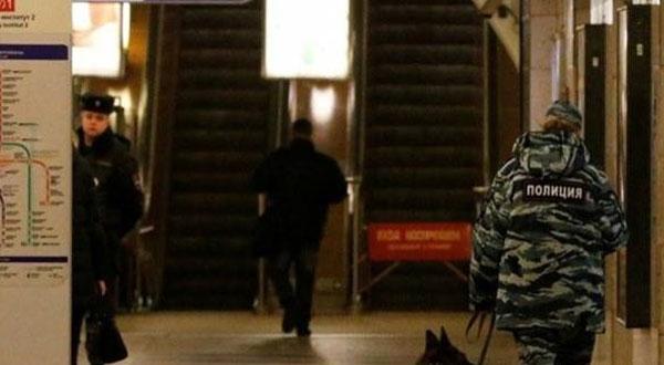 إغلاق محطة مترو في بطرسبورج بروسيا بسبب طرد مشبوه