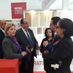 le chef du gouvernement du Maroc  visite le pavillon de la Tunisie au Salon international du bâtiment (SIB )  à Casablanca