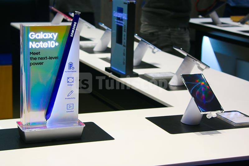 Samsung-310120-02.jpg
