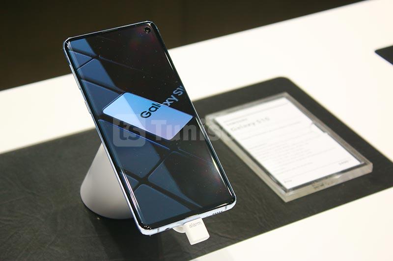 Samsung-310120-09.jpg