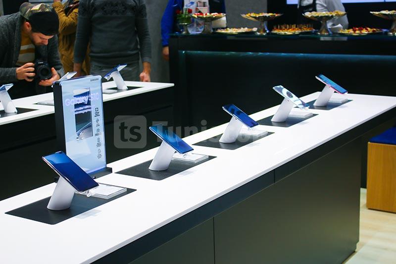 Samsung-310120-17.jpg