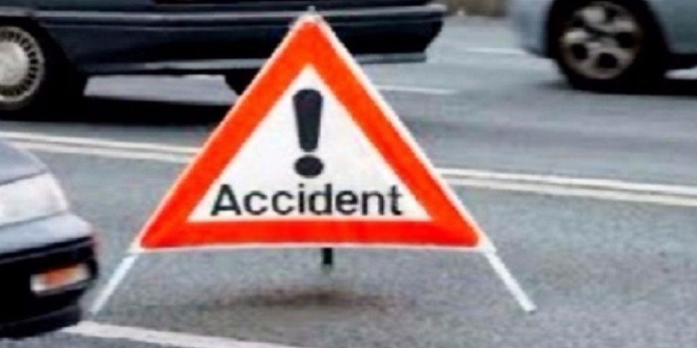 العاصمة :9 إصابات خفيفة في حادث اصطدام شاحنة ثقيلة بحافلة نقل عمومي