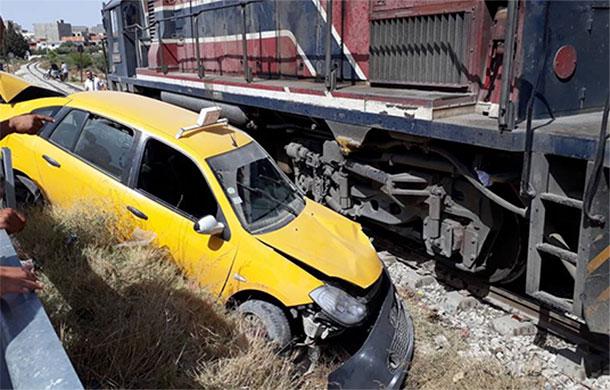 En photos : Collision entre un train et un taxi à Sousse