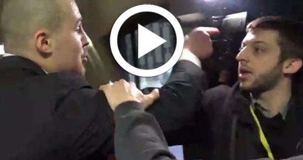 En vidéo : Des journalistes agressés à cause d'une question posée à Marine Le Pen...