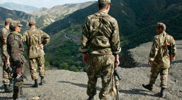 الجيش الجزائري يقضي على 5 ارهابيين