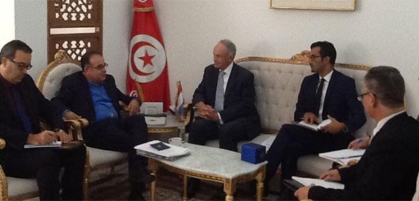 وزير الشؤون الاجتماعية يلتقي سفير مملكة هولندا بتونس