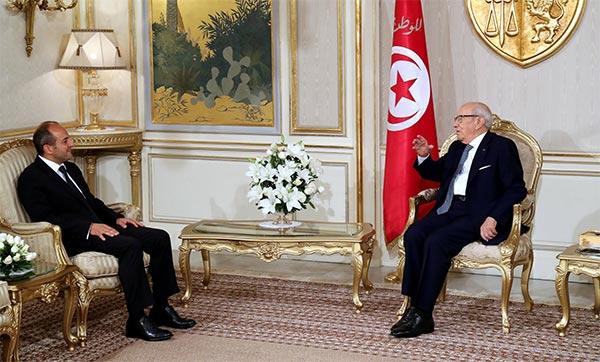 تسليم أوراق اعتماد ثلاث سفراء جدد بتونس