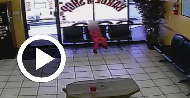 En vidéo… Fusillade : Une petite fille de 4 ans échappe miraculeusement à la mort...