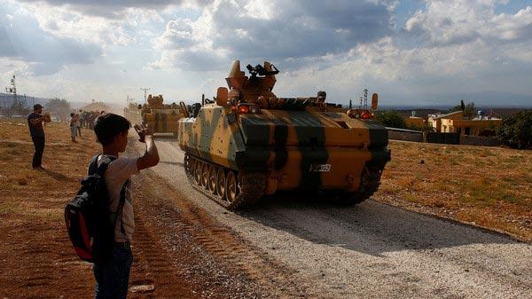 الجيش التركي يقيم ''مراكز مراقبة'' في إدلب