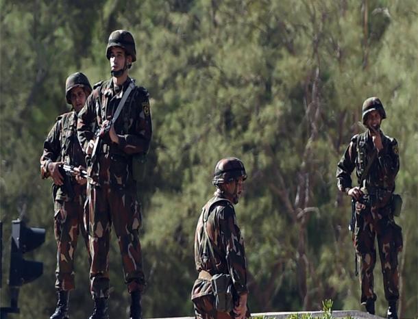 الجيش الجزائري يقضي على إرهابيين خطيرين