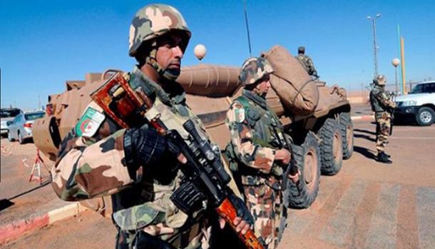 الجزائر: الكشف عن مخبأ للأسلحة قرب الشريط الحدودي مع تونس