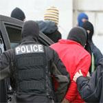 القبض على 6 إرهابيين ضالعين في تهريب الشباب