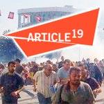 ARTICLE 19 dénonce les agressions contre les manifestants suite à l'assassinat de Brahmi