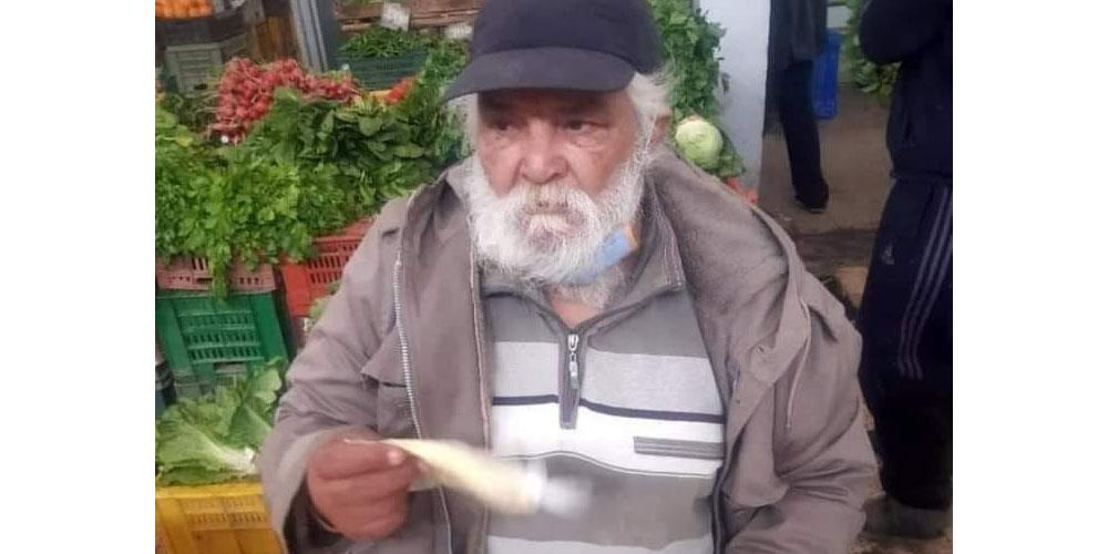 فنان مسرحي يبيع ''الملسوقة''، انتقاد تدهور حال الفنان في تونس..