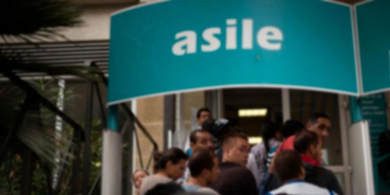 100.000 demandes d'asile en France l'an dernier
