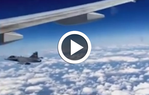 En vidéo, un 777 de British Airways intercepté par un avion de chasse