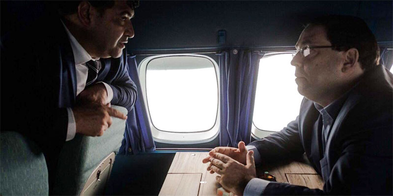 صورة اليوم، من داخل الطائرة حديث يوسف الشاهد و روني الطرابلسي...