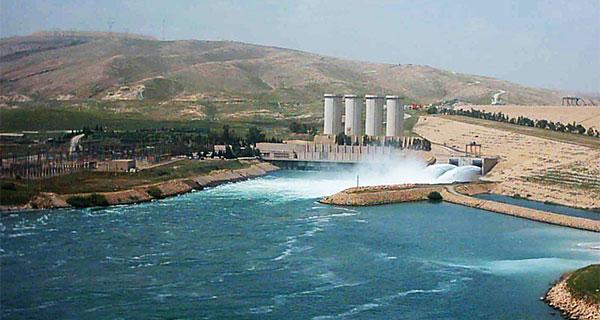 أخطر سد في العالم، مخاوف من سيطرة داعش على مانع مائي قد يغرق الموصل وبغداد في حال انهياره