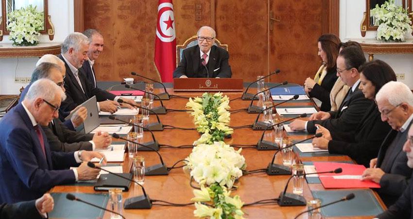 قايد السبسي:الصحافة الأجنبية هوّلت الأحداث الأخيرة في تونس