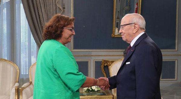 تعيين بشرى بلحاج حميدة رئيسة لجنة الحريّات الفرديّة