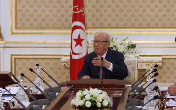 Après avoir menacé de couper les têtes et les mains, Béji Caïd Essebssi commente les propos du parti Ettahrir
