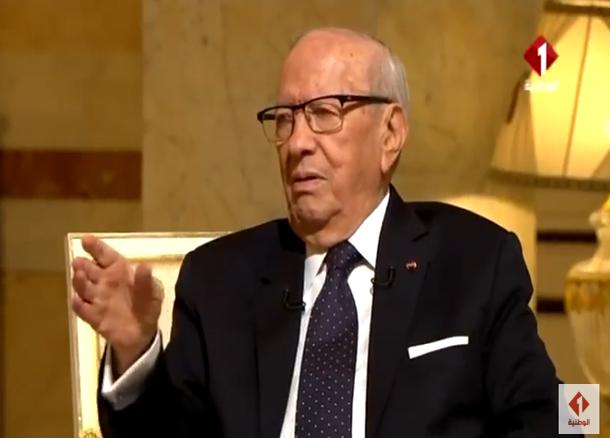 رئيس الجمهورية يعلق على الأزمة بين وزارة التربية واتحاد الشغل