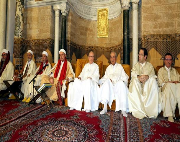 رئيس الجمهورية يحيي ليلة القدر المباركة بجامع الزيتونة المعمور