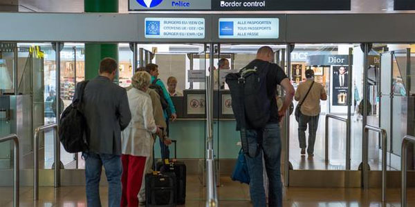 Les douaniers de Brussels Airport ont dû être désarmés