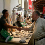 Au Marché Central : Mustapha Ben Jaafar à l'écoute des Tunisiens