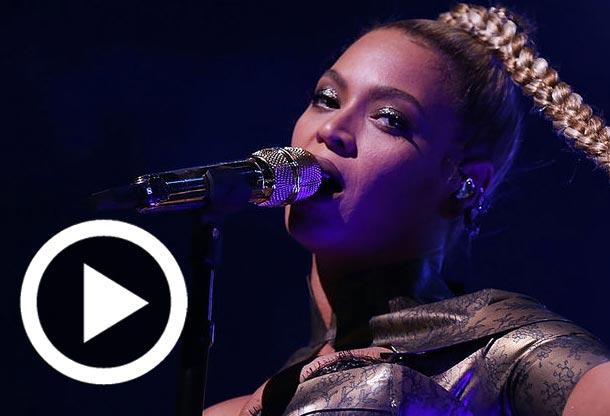 En vidéo : L'oreille en sang, Beyoncé continue à chanter...