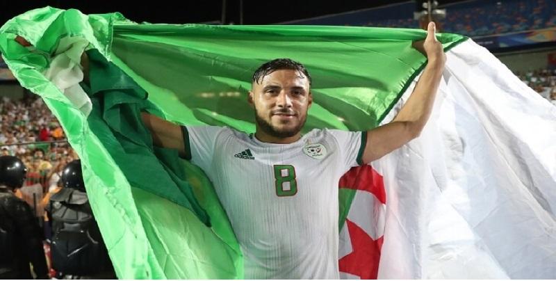 الجزائري يوسف البلايلي أفضل لاعب داخل القارة الإفريقية