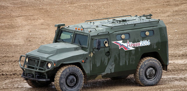 L'Algérie fait l'acquisition de 28 véhicules lance missile blindés russes, pour 50 Millions de dollars