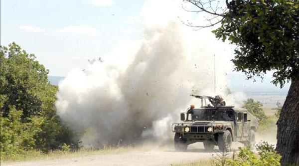 الوحدات العسكرية تقصف جبل سمّامة بالمدفعية الثقيلة تعقبا للإرهابيين