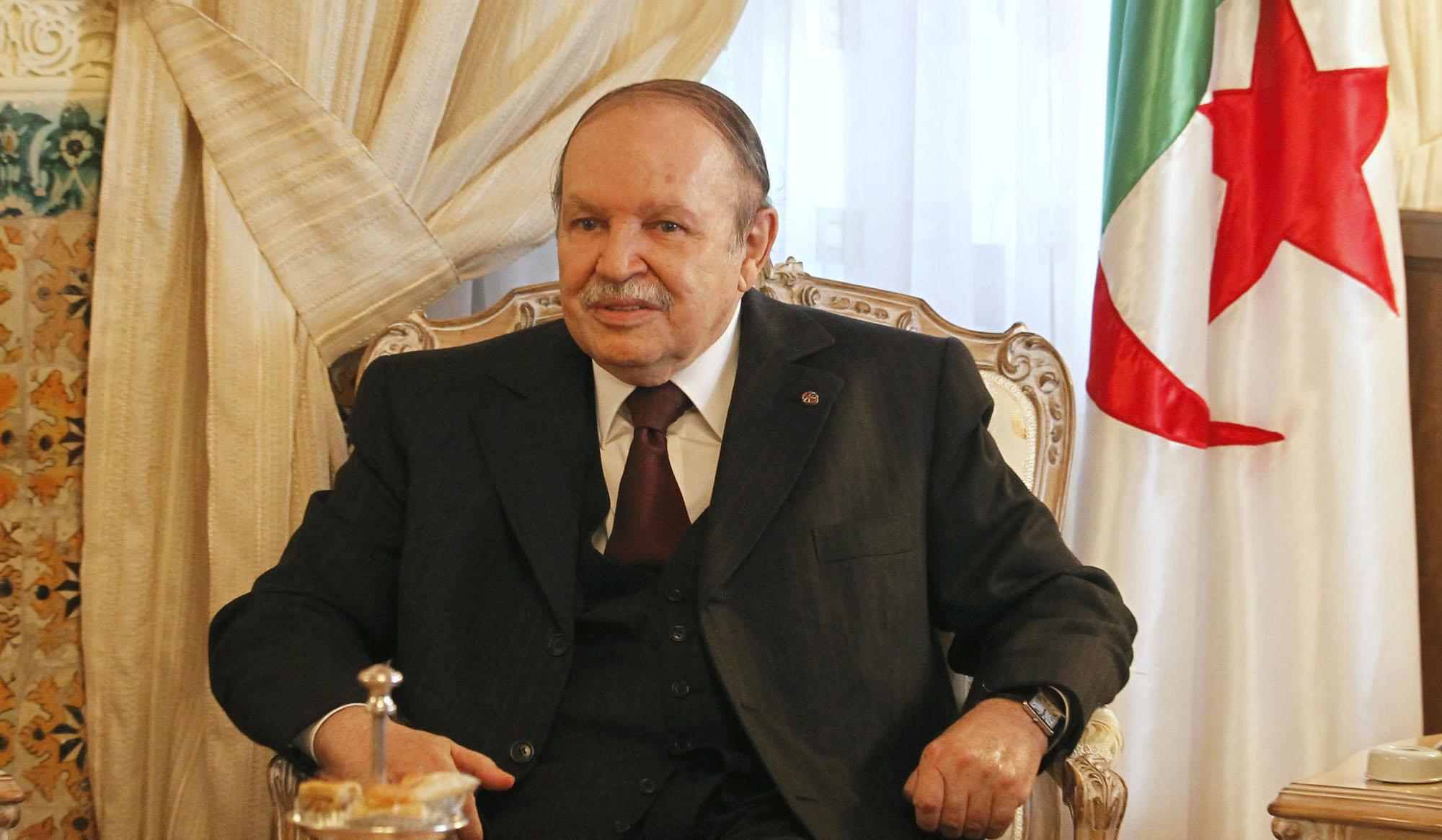 بوتفليقة يعين رئيسا جديدا للحكومة