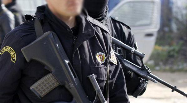 القبض على فتاة تلقت مساعدات مالية من جهات إرهابية بالخارج