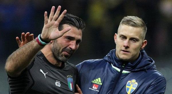 بوفون يعتزل دوليًا بعد فشل إيطاليا في التأهل للمونديال