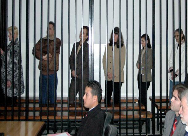 الممرضات البلغاريات يسردن معاناتهن في سجون معمر القذافي