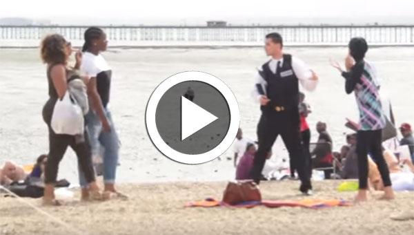 بالفيديو : شاهد رد فعل البريطانيين عندما حاول شرطي منع ''البوركيني''