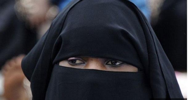 Le Sénégal décide l'interdiction du port de la burqa, après le Cameroun et le Tchad