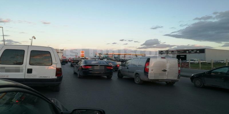 En photos CA/PSG : Les supporters clubistes en route vers le stade olympique de Radès