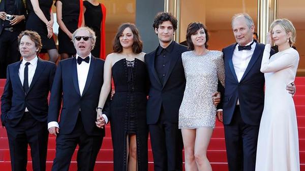 نجوم السينما العالمية في افتتاح مهرجان كان بدورته الـ70