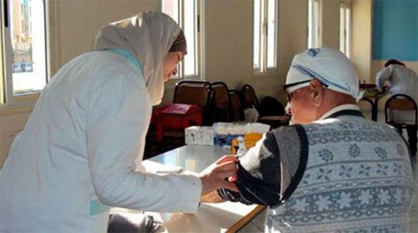 Caravane tuniso-algérienne de santé au profit des habitants de Sakiet Sidi Youssef