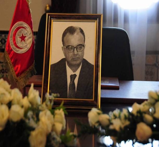 صورة وتعليق: الفقيد سليم شاكر حاضر في أول مجلس وزراء بعد وفاته