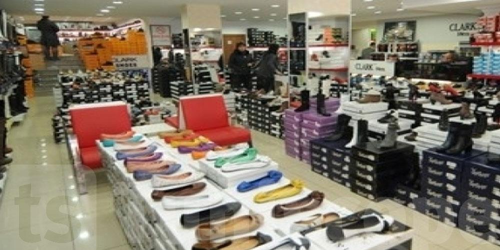 تونس : تجار الأحذية يهدّدون بحرق محلاتهم